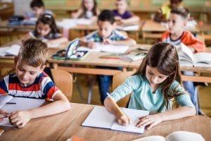 baixa retenção de alunos